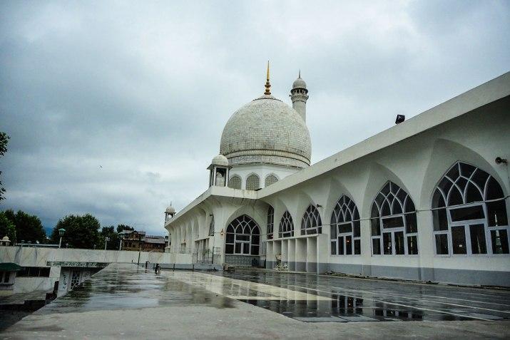 The Hazratbal Shrine in Jammu & Kashmir where the hair of Prophet Muhammad had fallen.